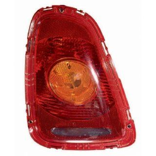 OE Replacement Mini Cooper Driver Side Taillight Assembly (Partslink Number MC2800103) Automotive