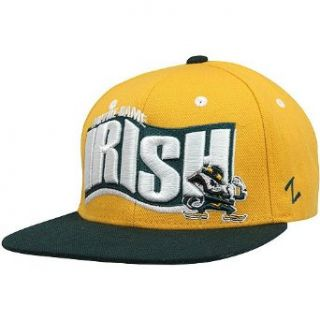 NCAA Zephyr Notre Dame Fighting Irish Rally Adjustable Snapback Hat   Gold/Green Clothing