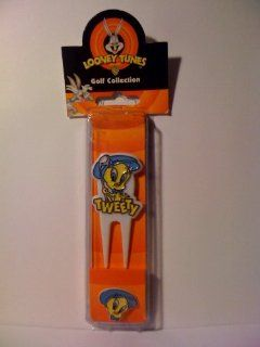 Warner Brothers Looney Tunes Golf Collection TWEETY BIRD Divot Tool Marker Kit  Sports & Outdoors