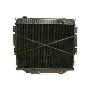 "83 94 FORD F SERIES PICKUP f150 f250 f350 f450 f550 RADIATOR TRUCK, 8cyl; 6.9L, 7.3L Diesel   30 x 23"" Core (1983 83 1984 84 1985 85 1986 86 1987 87 1988 88 1989 89 1990 90 1991 91 1992 92 1993 93 199 Automotive"