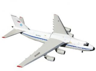 Gemini Jets Russia Air Force AN 124 Diecast Aircraft, 1400 Scale Toys & Games