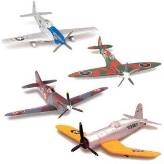 Pilot Model Kit 148 BF 109 NEW RAY WORLD WAR 2 20215 A1 Toys & Games