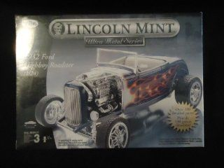 Lincoln Mint Ultra Metal Series 1932 Ford Highboy Roadster 1/24 scale Toys & Games
