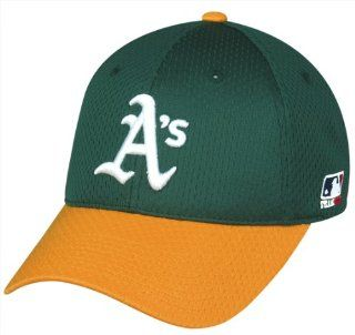 Oakland Athletics (A's) Oakland Athletics (A's) Fitted Cap (Medium/Large 6 7/8   7 1/4) MLB Officially Licensed Major League Proflex Mesh/Jersey Replica Baseball Hat  Sports Fan Baseball Caps  Sports & Outdoors