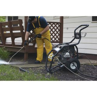 NorthStar Gas Cold Water Pressure Washer — 3.5 GPM, 4000 PSI, Model# 15781520  Gas Cold Water Pressure Washers