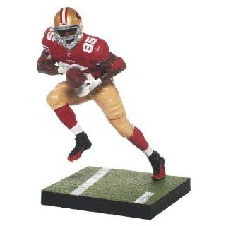 Vernon Davis Mcfarlane NFL Football Series 32 Action Figurine BRAND NEW MINT Factory Sealed NEW IN BOX  San Francisco Superstar Tight End featured in his first every Mcfarlane  Must have Collectible for all 49 ers Fans  Makes a Great Gift  Check out ou