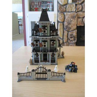 LEGO Haunted House 10228 Monster Fighters Toys & Games