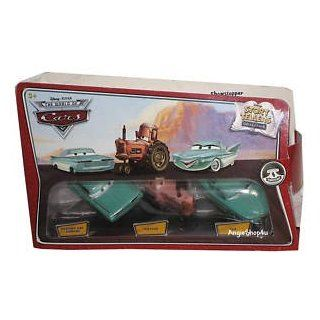 Disney / Pixar CARS Movie 155 Die Cast Story Tellers Collection 3Pack Wedding Day Ramone, Tractor Flo Toys & Games