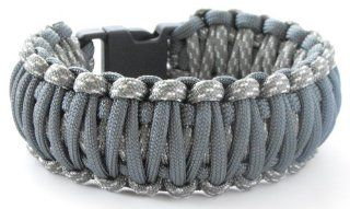 King Cobra Paracord Survival Bracelet(550 lb tested cord) 6 Wrist Sizes 12 Plus Colors Reversable Sports & Outdoors